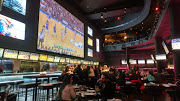 Business Reviews Aggregator: Real Sports Bar